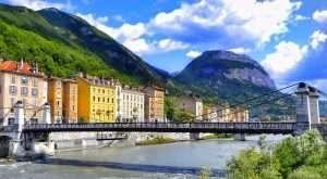 Conseils pour réaliser un investissement locatif à Grenoble